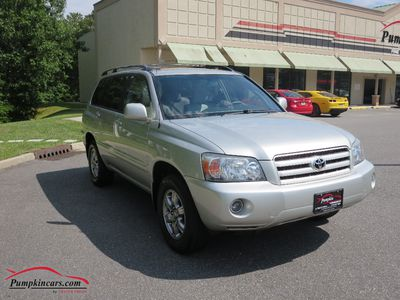 2005 TOYOTA HIGHLANDER V6 AWD 7 SEATS