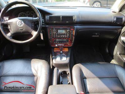 2003 VOLKSWAGEN PASSAT GLX V6