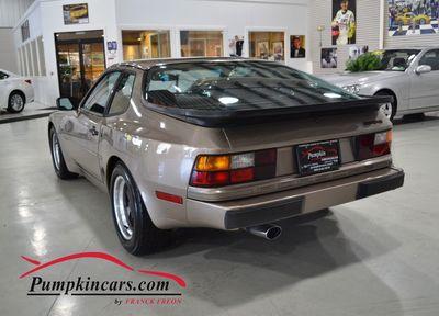 1984 PORSCHE 944 5 SPEED