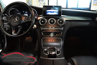 2015 MERCEDES BENZ C300 4MATIC NAV + PANO ROOF