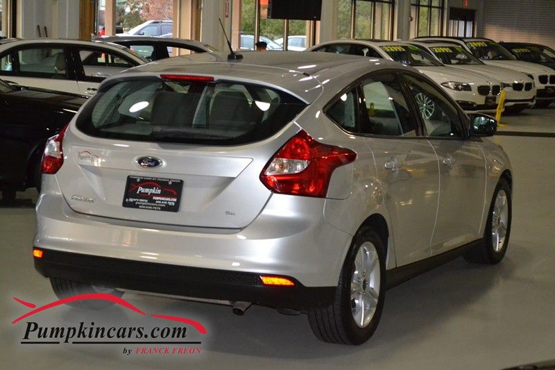 2014 ford focus se hatchback moon roof in new jersey nj stock no 3864. Black Bedroom Furniture Sets. Home Design Ideas